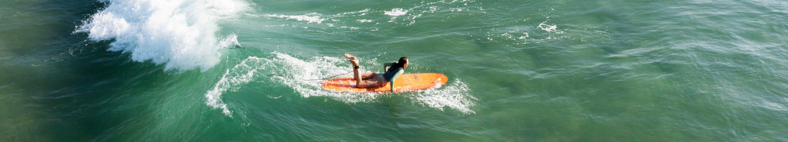 surfing girl lili bikini